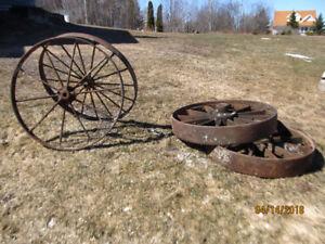 Outdoor Decor - Steel Wheels