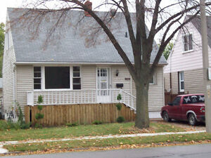 3 Bedroom House, East Side, Great Location! Immediate,$1200+