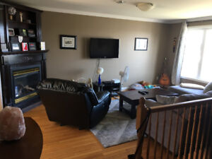 Executive 3 Bdrm Main level Apt