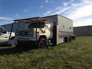 1978 GMC 6500. Parting out.  Windsor Region Ontario image 1