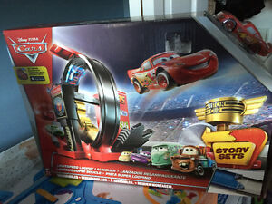 New! Disney Cars light speed loopin launcher set with car Kitchener / Waterloo Kitchener Area image 3