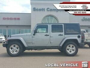 2015 Jeep Wrangler Unlimited UNLIMTED SAHARA  - one owner - loca