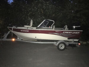 Wow !  2010 CrestLiner - 90 HP - barelly used