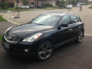 2011 Infiniti EX35 Journey SUV, Crossover