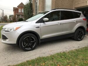 2014 Ford Escape SE SUV, Crossover, 2.0L Ecoboost, Sunroof, NAV