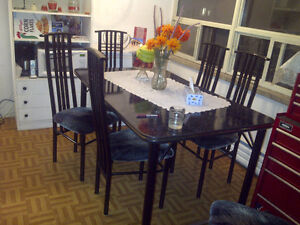 DINING TABLE & 6 CHAIRS-MODERN FOR SALE.