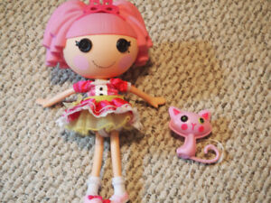 Lalaloopsie dolls and accessories