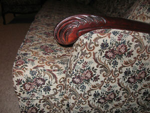 Vintage French Provincial Sofa and Chairs Peterborough Peterborough Area image 5