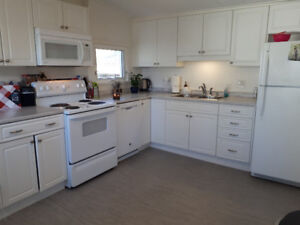 2 Bed Short or Long Term Rental. Flexible Move In Date!