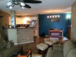 Room for rent on 32nd street **avail. Nov 1st*
