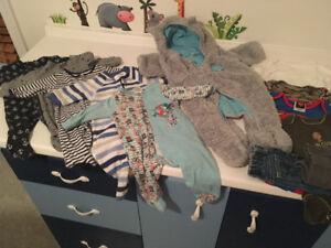 Lot vêtement bébé 0  3 mois