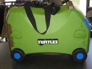 Kids Luggage (Teenage Mutant Ninja Trutle) 3 in 1