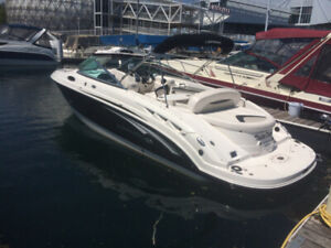 Beautiful Boat Chaparral 256 ssx