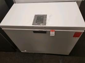 Brand New HOOVER HMCH 202 EL 197-Litre Chest Freezer - White