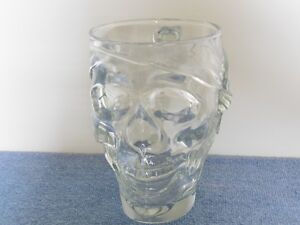 Pirate skull glass mug