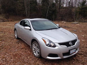 2013 Nissan Altima Coupe Coupe (2 door)