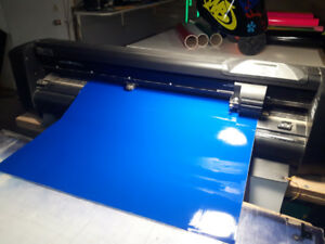 Summa D 75 R cutter/plotter. Takes up to 30 inch wide roll