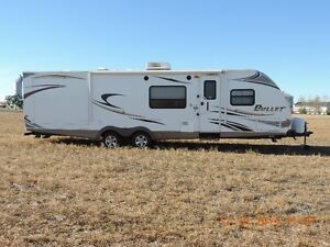2011 Bullet Travel Trailer  29'
