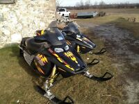 SKI DOO  (2) AND TRAILER FOR SALE $8195