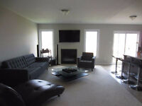 Room for rent in Barrhaven townhouse! Sauna in the basement!