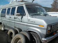Ford Aerostar Camping Van