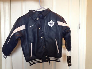 Nike NHL Toronto Maple Leafs Boys Jacket New with tags size 6 Kitchener / Waterloo Kitchener Area image 1