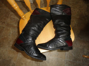 Leather Boots in Black & Burgundy Color - Size 7