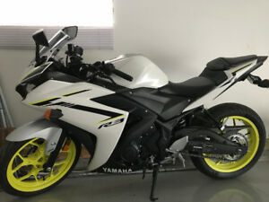 2018 Yamaha YZF-R3 ABS - Only 908km - Moving! - OBO