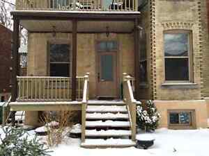 Snowdon  $420- $500 NICE furnished room available!!!