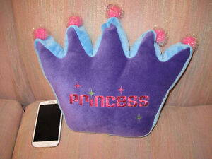 Teenager Young Girls Bed Room Decor Princess Pillow Flowers