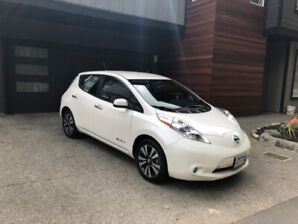 Nissan Leaf SL Premium 12 Bars - Premium Package with Bose