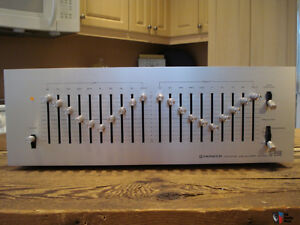 analog PIONEER SG-9500 Vintage stereo graphic equalizer