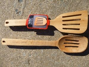 2 Bamboo kitchen cooking tools - Spoon & Spatula