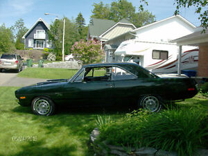 Dodge Dart 1972 model (Swinger )