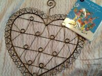 Metal love heart note card message holder