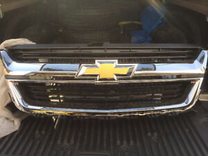 Brand New 14-18 Chevy Colorado Grill