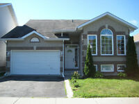 BEAUTIFUL (3+2 BDR) BUNGALOW IN GREENWOOD PARK!