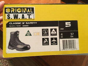 NEW Original S.W.A.T. Classic 9 inch Work Safety Boot size 5 US