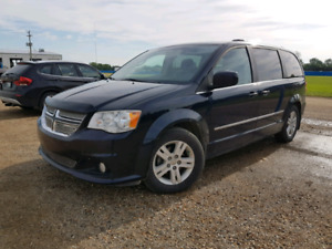 2011 DODGE GRAND CARAVAN CREW LOADED