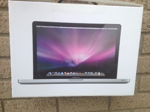 "15"" Apple MacBook Pro Comes in Box With Original Packaging Mint"