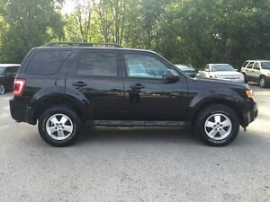 2011 FORD ESCAPE XLT * LEATHER * LOW KM * MINT CONDITION London Ontario image 7