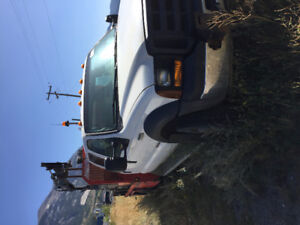 2007 Ford F-550 Xl  4X4 picker truck