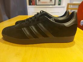 Adidas Gazelle - Black - Size 11