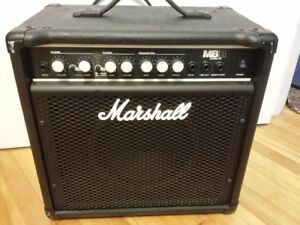 Marshall MB15 Bass Combo