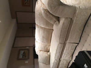 3 piece sofa and 2 piece love seat to match
