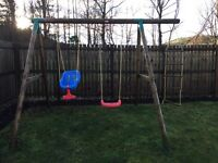 Little Tikes Riga double swing and rope ladder