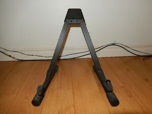 Guitar stand - Support pour guitare