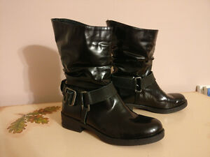 Brand new leather ladies black boots size 8