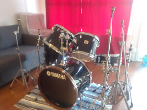 Yamaha DP Series drum set