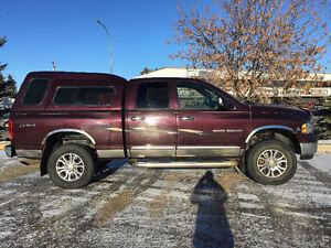 2004 Dodge Power Ram 2500 Laramie Pickup Truck
